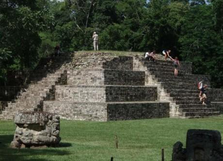 Copan_ruinas,_copan_-_honduras_-_panoramio
