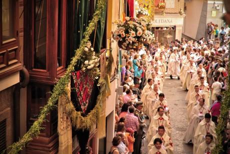 Corpus_Christi_-_Toledo,_Spain_-_2010az