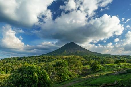 volcano-2355772_960_720